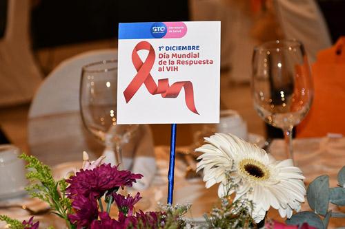 Luchan contra discriminación de personas con VIH