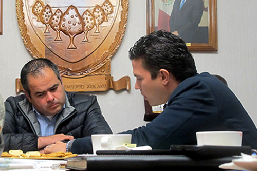 PDHEG firma convenios con Salvatierra, Abasolo y Tarimoro