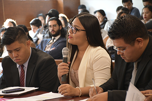 Promueven derechos de la infancia  en concurso universitario de litigio estratégico