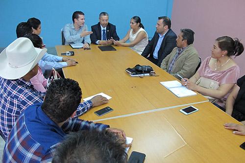 Xichu, Victoria y Doctor Mora firman convenio de colaboración con la PDHEG