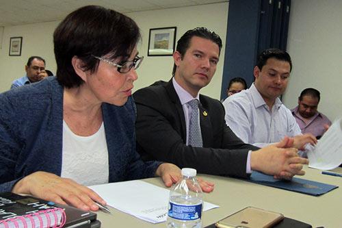 Participa Ombudsman en instalación de Comisión de Derechos Humanos en Ayuntamiento de León
